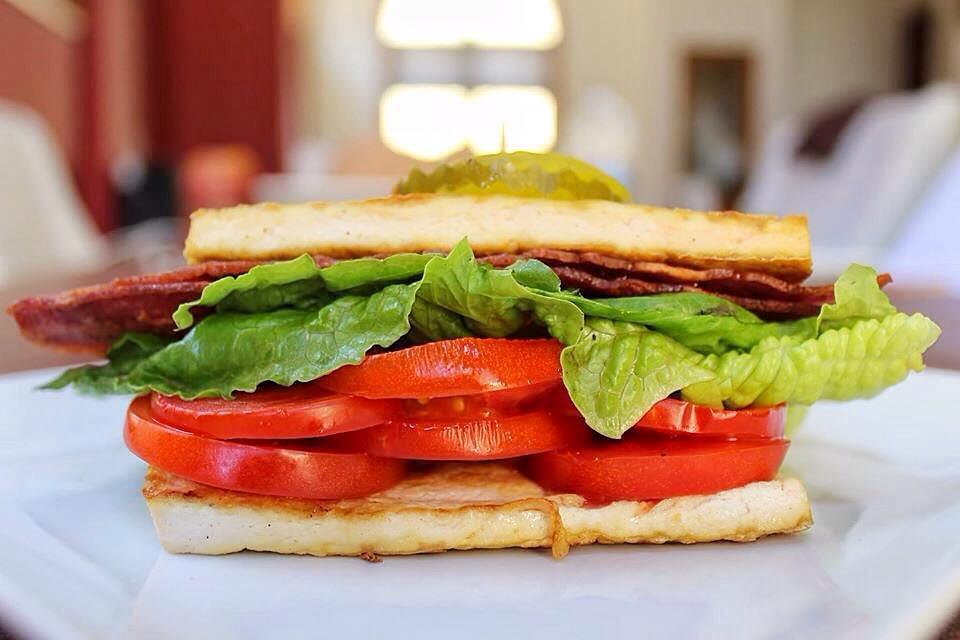American BLT Sandwich Recipe