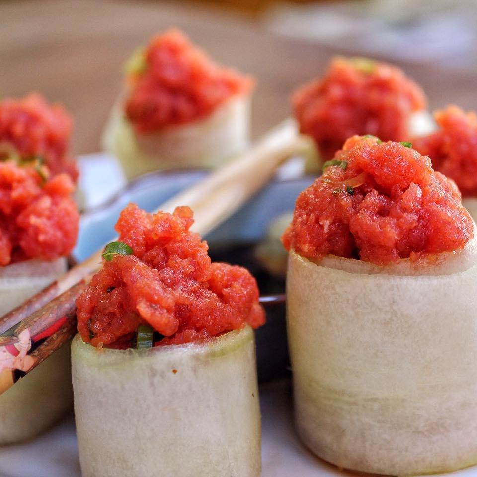 Japanese Spicy Tuna Cucumber Roll Recipe